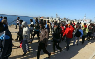 Rapatriement de migrants en situation difficile en Libye par des gouvernements africains